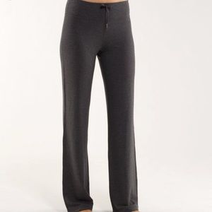 Lululemon Relaxed Fit Pant *Tall | Gray